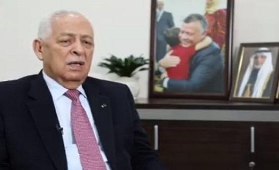 العيسوي ينقل تعازي الملك لعائلة أحمد راضي
