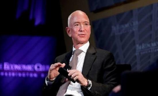 أغنى رجل بالعالم يخسر 6.8 مليار دولار في يوم
