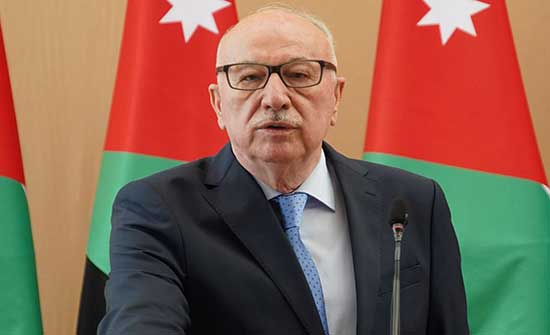 وزير الاشغال يتفقد عددًا من الطرق في منطقة بيادر وادي السير
