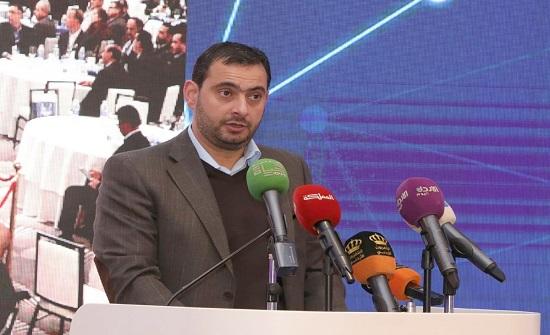 وزير الصناعة يفتتح مؤتمر طريق الحرير الرابع