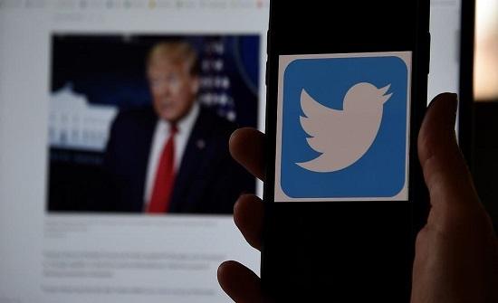 منصة ترمب المفضلة تخذله.. تويتر تناكف الرئيس