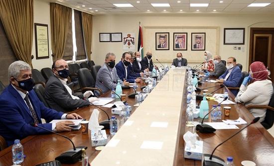 وزير الأشغال : لا إلغاء لأي من مشاريع الوزارة