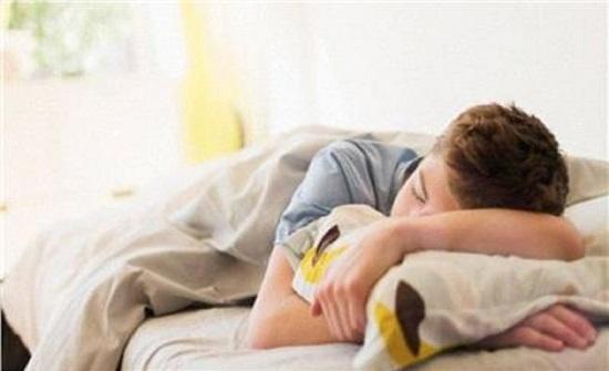 دراسة: سهر المراهقين يسبب أمراض خطيرة