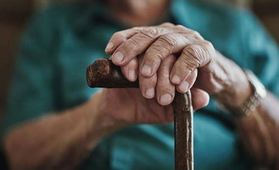 مسن مصري يلفظ أنفاسه الأخيرة خلال التحقيق معه في تهمة تحرش - المدينة نيوز