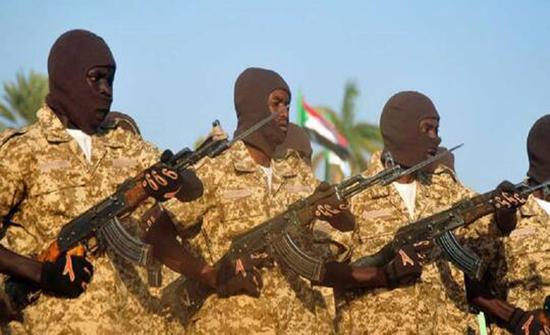 السودان.. قوة مشتركة تعتقل 122 شخصا كانوا في طريقهم إلى ليبيا للعمل كمرتزقة