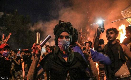 بالفيديو : احتجاجات العراق.. جرحى وقنابل مسيلة للدموع في كربلاء