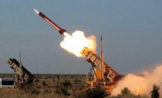 مقتل وإصابة 19 عسكريا ومدنيا إثر قصف بصاروخ باليستي أطلقه الحوثيون في مأرب