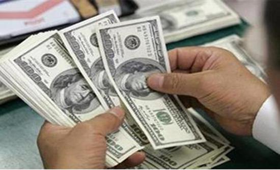 ارتفاع سعر الدولار الأمريكي عالميا