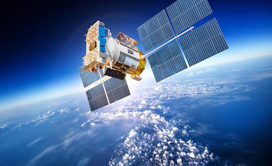 الصين: إطلاق قمرين صناعيين للوسائط المتعددة