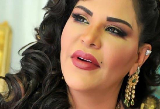 بالصورة: أحلام تثير الجدل بسبب ملابسها.. من قال لها 'احترمي عمرك'؟
