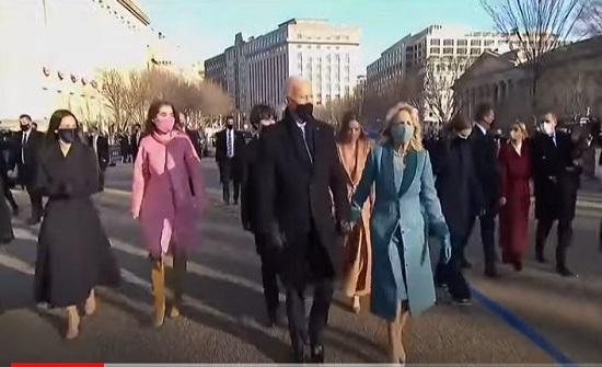 الرئيس الأمريكي جو بايدن يتوجه إلى البيت الأبيض .. بالفيديو