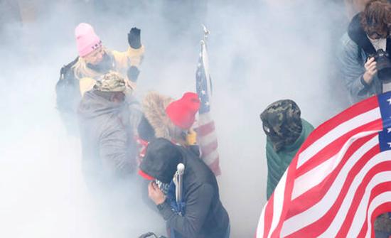 وزارة الأمن الداخلي الأمريكية تحذر من احتمال وقوع أعمال عنف