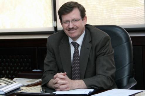 وزير الصحة يلتقي نقيب واعضاء مجلس نقابة اطباء الاسنان