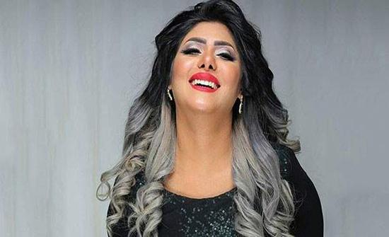 """فنانة كويتية تنشر إعلان عن """" الويسكي الحلال """""""
