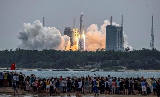 توقعات بسقوط الصاروخ الصيني فوق دولة بآسيا