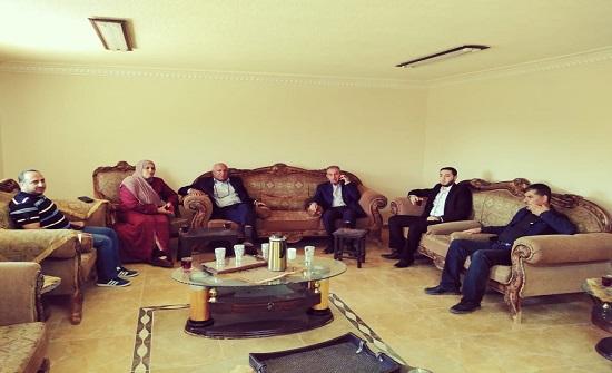"""""""المهندسين"""" تزور ابنة الشهيد منصور العتوم التي تبرعت بقطعة ارض لفزعة أهل"""
