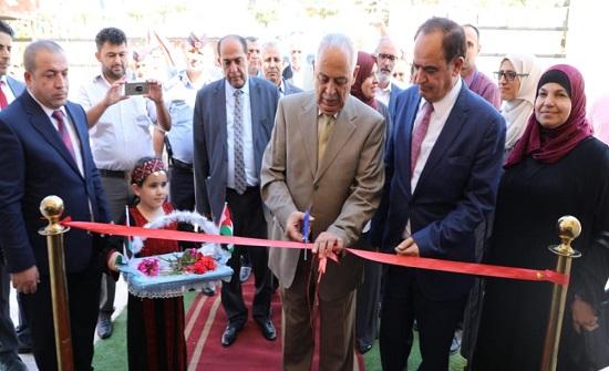 العيسوي يفتتح مشاريع في محافظات إربد وعجلون والمفرق