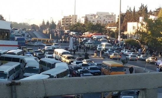 امانة عمان تعيد ترتيب الحركة المرورية على دوار صويلح
