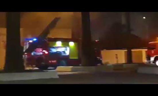 بالفيديو : حريق هائل يلتهم مبنى في مطار الجزائر