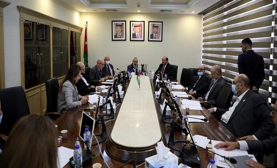 خدمات الأعيان تواصل لقاءاتها مع وزير الأشغال