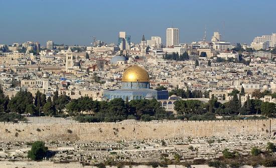 عين على القدس يناقش محاولات الاحتلال اخفاء وتزوير الآثار الاسلامية بالقدس