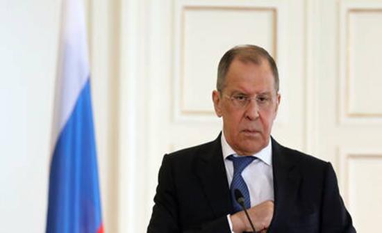لافروف: واشنطن لم تبلغ موسكو بغاراتها على شرق سوريا إلا قبل دقائق من شنها