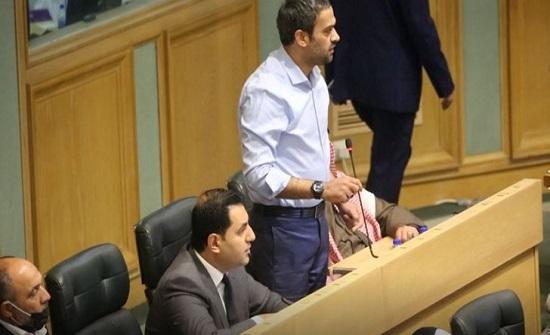 أسماء النواب الذين صوتوا ضد تجميد عضوية أسامة العجارمة