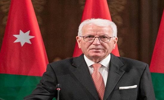 وزير التعليم العالي يدعو لاستغلال الخبرات لتحسين إيرادات جامعة آل البيت
