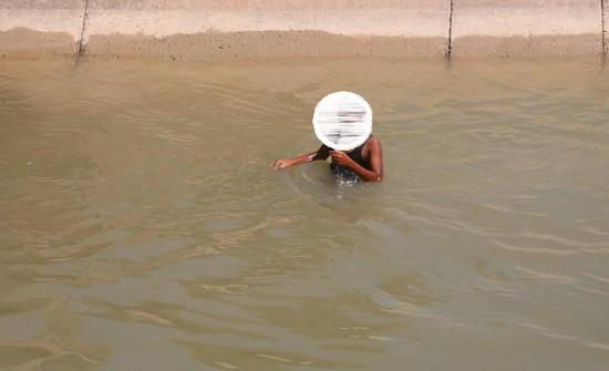 وادي الاردن تحذر من السباحة في المسطحات المائية