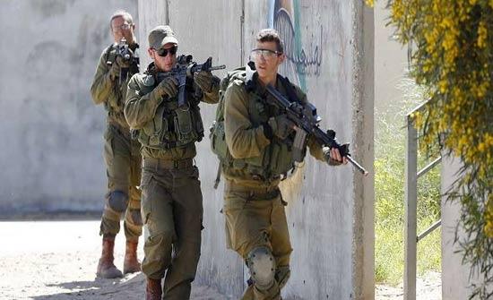 الجيش الاسرائيلي يلقي قنابل حارقة على احراج بمزارع شبعا