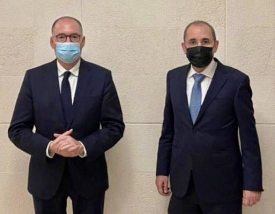 الصفدي يلتقي وزير الدولة في الخارجية الالمانية