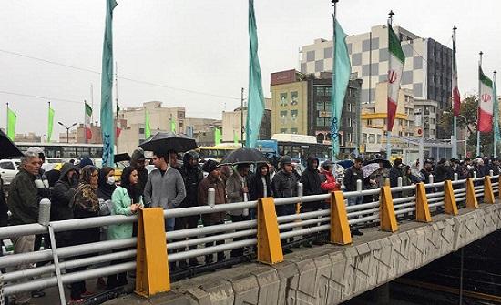 برلمان إيران:اعتقال 7 آلاف من محتجي البنزين