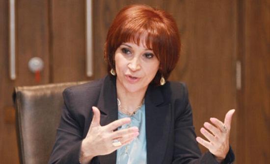 وزيرة السياحة تحصر تقديم الطعام لزبائن الفنادق في الغرف