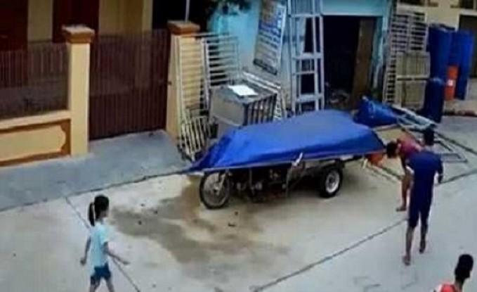 مصر : امرأة تقتل ابنة شقيق زوجها بإلقاء أسطوانة غاز فوق رأسها