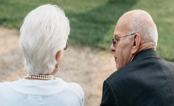 68 عاماً من الزّواج.. عاشا معاً وتوفّيا معاً!