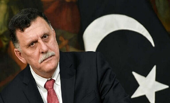 السراج يغادر ليبيا ويكلف معيتيق بمهام رئيس المجلس الرئاسي