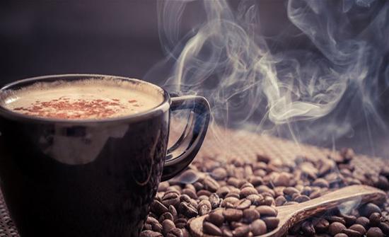 تسبب القهوة الشعور الدائم بالذهاب إلى الحمام.. اليكم 10 حقائق عنها