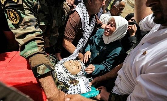 فلسطينيون يشيعون شهداء جنين.. وشهيد طفل بغزة (شاهد)