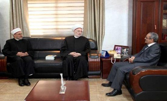 بحث التعاون بين جامعة آل البيت ووزارة الاوقاف السورية