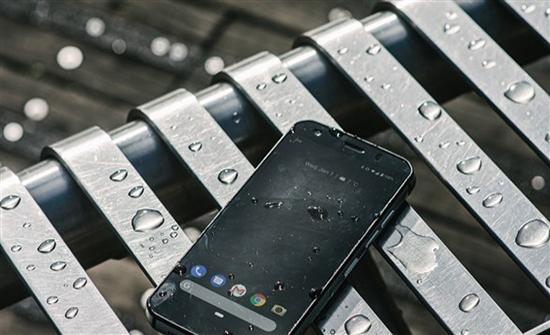 بوليت تطلق الهاتف Cat S52 للاستخدامات الشاقة