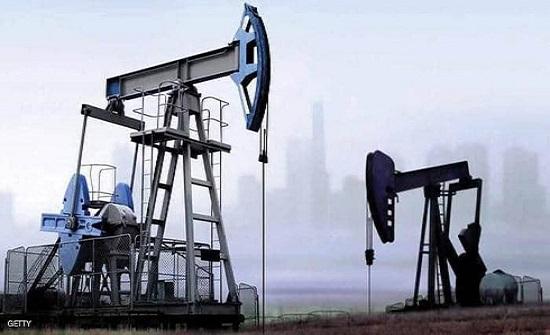 النفط يصعد 1%