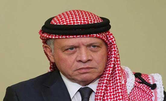 الملك يعزي أمير الكويت بوفاة الشيخ منصور الأحمد الجابر الصباح