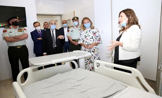 رئيس الأركان يفتتح قسم العزل العلاجي المتخصص بمدينة الحسين الطبية