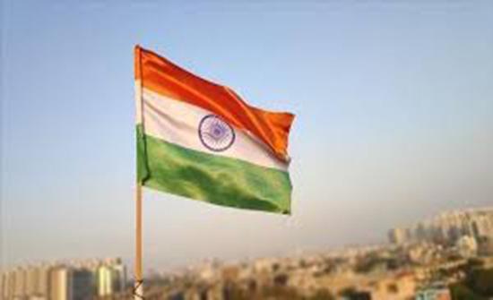الهند: 37 شخصا يلقون حتفهم بغرق حافلة