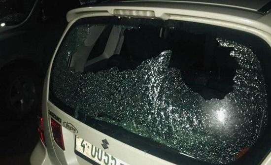 مستوطنون متطرفون يهاجمون مركبات الفلسطينيين شرق بيت لحم