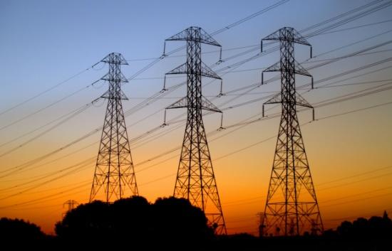 إعادة التيار الكهربائي الى محافظات الشمال والجنوب و95 بالمئة من مناطق الوسط