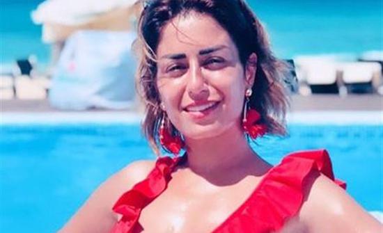 شاهد : منة فضالي في إطلالة صباحية من بيروت