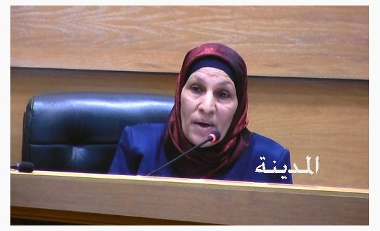 الشعار: المرأة الأردنية فرضت نفسها رغم الظروف الصعبة