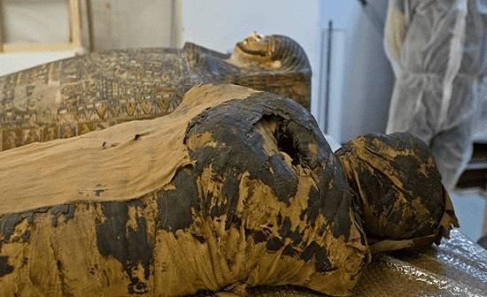 اكتشاف أول مومياء مصرية حامل في العالم