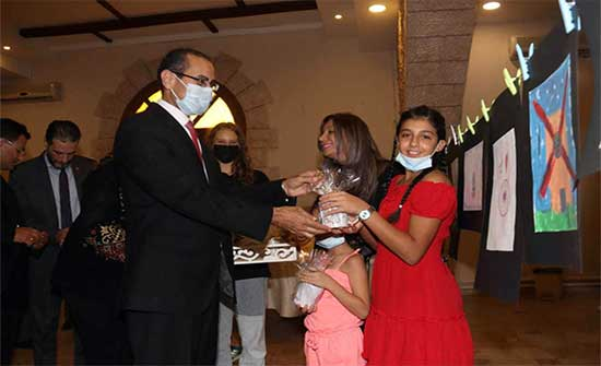 افتتاح معرض فن الماندالا الأول في نادي الفحيص الأرثوذكسي